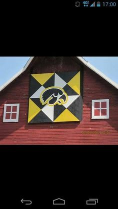 Iowa Hawkeye Barn Quilt...want to make some day!!  GO HAWKS!!!