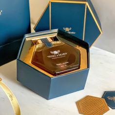 Our team have gone through great lengths to combine our luxury honey with the perfect packaging. It makes for the perfect gift. Honey Packaging, Food Packaging, Brand Packaging, Luxury Packaging, Packaging Inspiration, Honey Bottles, Honey Label, Honey Brand, Honey Shop