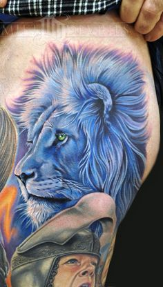 The Chronicles of Narnia, don't want the whole tatt but I would like a white lion with a blue mane and tail. Lion Head Tattoos, Body Art Tattoos, Tatoos, Tattoo Art, Tattoo Ribs, 3d Tattoos, Sleeve Tattoos, Lion Tattoo Design, Tattoo Designs Men
