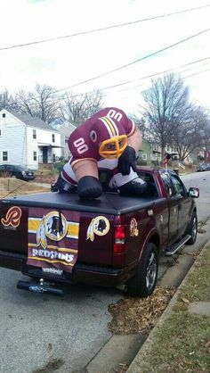 Redskins truck with balloon figure.