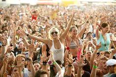 Music festivals are SHIT.