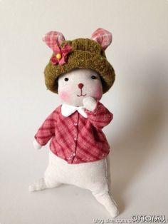 DIY Cute Teddy Bear Girl - FREE Pattern