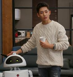 Jung Hae In and Luvvy :)