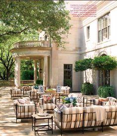 Outdoor living | More lusciousness at http://mylusciouslife.com/photo-galleries/inspiring-photos-fan-favourites/