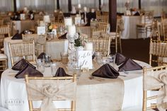 Such beautiful decor! Compliments to A Splendid Affair. Photo by Carter's Photography.