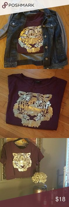 NWOT tiger face  crop top Burgundy stretch(91% cotton,  8.5% spandex) never worn, gold tiger face . Super comfortable! Great material. Won't lose shape or pill. Tops Crop Tops
