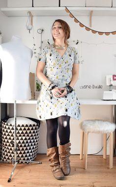 Robe Lucette - Coudre le stretch | L'usine à bulle #coudrelucette #coudrelestretch Sewing Clothes, Celebs, Pattern, Inspiration, Shopping, Vintage, Blog, Fashion, Patterns