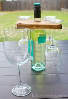 DIY Holder for Wine Bottle and Glasses | Easy Woodworking Projects #FunEasyWoodworkingProjects