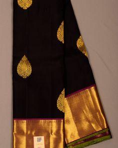 ❤️❤️❤️sold out ❤️❤️❤️Rs 14500 Pure silk handloom kanchipuram saree in black colour with beautiful thilagam motifs in zari, with contrast… Kanjivaram Sarees Silk, Blue Silk Saree, Wedding Silk Saree, Indian Silk Sarees, Pure Silk Sarees, Sabyasachi Sarees, Kanchipuram Saree Wedding, Black Saree Blouse, Ethnic Sarees
