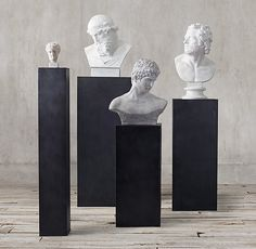 RH Modern& Metal Plinth Collection:Our clean, unadorned metal plinth is the perfect platform for displaying sculpture and other objets. Sculpture Museum, Sculpture Stand, Roman Sculpture, Design Despace, Graphic Design, Sculpture Romaine, Pedestal, Museum Displays, Exhibition Display