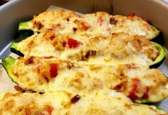 Lecsós bulgurral töltött cukkini | NOSALTY Hawaiian Pizza, Lasagna, Quiche, Mashed Potatoes, Vegan Recipes, Gluten, Cheese, Vegetables, Breakfast