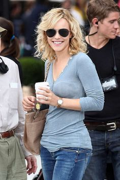 Need to know about the latest Rachel McAdams movies and TV shows? Get our most up-to-date Rachel McAdams news, videos, and photo galleries. Hot Hair Styles, Curly Hair Styles, Rachel Anne Mcadams, Shoulder Length Blonde, Outfit Elegantes, Tips Belleza, Great Hair, Wavy Hair, Blonde Hair