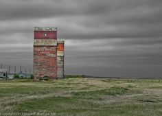 Shaun Merrigan Saskatchewan Landscape Photography, Landscapes from the Heart Print Pictures, Barn Pictures, Classic Building, Model Train Layouts, Building Structure, Old Buildings, Abandoned Houses, Land Scape, Places To See