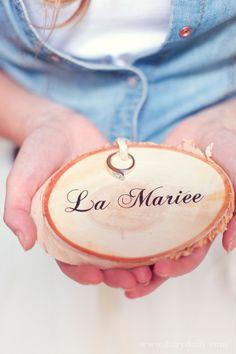 décoration mariage rustique chic  http://lamarieeencolere.com/post/34345796832/rustique-chic#