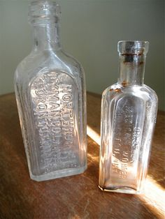 Items similar to SALE Two Antique Medicinal Bottles Kingston Toronto Ontario Dr Bells Medical Wonder and Dr SN Thomas Eclectric Oil on Etsy Kingston, Medicine Cabinet, Bottles, Antiques, Home Decor, Antiquities, Antique, Decoration Home, Room Decor