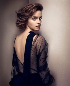 Sexiest Emma Watson Pictures Ever Taken.Photos of Emma Watson, one of the hottest girls in movies and TV and currently number one on most stylish female celebrities potter Emma Watson Sexy, Emma Watson Sexiest, Ema Watson, Emma Watson Beautiful, Hermione Granger, Emma Watson Wallpaper, Beauty And Fashion, Harry Potter Film, Actrices Hollywood
