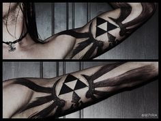 One of the more awesome triforce/Zelda tattoos I've seen
