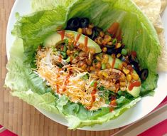 Domestic Bliss Squared: Low-carb crispy lettuce wrapped chicken tacos recipe #healthyeating #healthy #tacotuesday