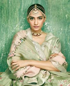 Find range of Best Bridal Jewellery at affordable prices. Sonam Kapoor, Indian Bollywood Actress, Indian Actresses, Indian Wedding Jewelry, Bridal Jewelry, Bridal Makeover, India Fashion, International Fashion, Best Actress