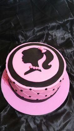 Vintage Barby cake