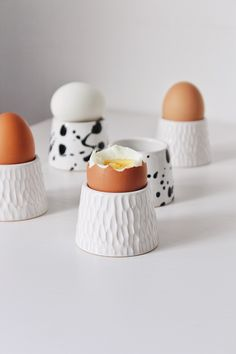 Excited to share this item from my shop Ceramic egg cup Pottery egg cups Unique ceramic egg holder Stoneware egg cup set White pottery dish Egg cup Modern stoneware dinnerware Ceramic Egg Holder, Ceramic Cups, Ceramic Pottery, Ceramics Pottery Mugs, Ceramic Shop, Handmade Ceramic, Cerámica Ideas, Pottery Courses, Pottery Store