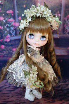 Custom Blythe ☆ ☆ fabric flower lilac dress girl [M & N] Admin - Auction - Rinkya! Japan Auction & Shopping