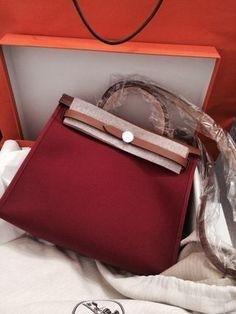 HERMES HER・ZIP・BAG rouge