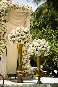 Indian wedding ceremony floral decor http://www.maharaniweddings.com/gallery/photo/122821
