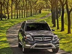2013-Mercedes-Benz-GLK350-4Matic-Front