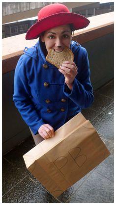 The very perfect way to pull off a Paddington costume! | Paddington