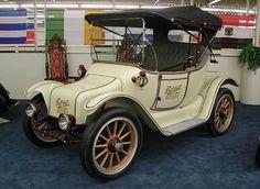 1914 Detroit Electric Model 46 Roadster -