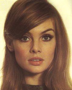twiggy i wish i was jean shrimpton 1960s Makeup, Retro Makeup, Sixties Makeup, Twiggy Makeup, 70s Makeup Look, Mod Makeup, Makeup Style, Make Up Looks, Makeup Trends