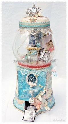 altered bubblegum machine/memory jar/ mini photo dispenser!!!  just a few ideas for a bubblegum machine... very cute...