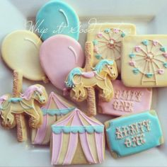 Circus cookies - So cute! Circus Cookies, Baby Cookies, Baby Shower Cookies, Cute Cookies, Birthday Cookies, Carousel Birthday Parties, Circus Birthday, First Birthday Parties, First Birthdays