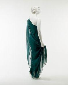Dress Halston, 1970s The Metropolitan Museum of Art