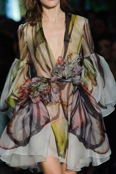 notordinaryfashion:Elie Saab Haute Couture Spring 2015