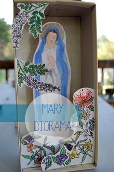 Mary Diorama - Catholic Sistas. Free to print and so cute! Would be educational to do one for each appearance with the story on the back!