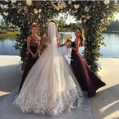Tag your bridesmaids ❤️ #ladyluxury