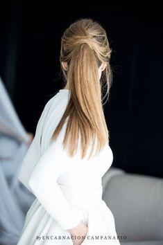 No te pierdas los 20 peinados de novia con coleta 2017. ¡Los querrás lucir todos! Image: 5