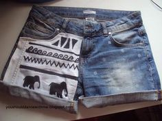 Lets make a short together ^^ all u need is scissors an old short old short piece/some fabric shirt marker sewing machine (u c. Diy Clothes Refashion, Diy Clothing, Shorts Tutorial, Diy Tutorial, Shorts Diy, Diy Jeans, Shorts Style, Make Do And Mend, Jean Crafts