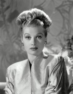 Lucille Ball (1911–1989) celebrity actress (Lucy) - Glamorous celebrity actress female face portrait photograph. #headshot #famous_people #vintagephoto