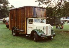 1948 Austin with coachbuilt horsebox Austin Cars, Camper Conversion, Bus, Vintage Trucks, Commercial Vehicle, Camper Trailers, Classic Trucks, Motorhome, Tractor