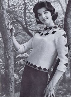 decorialab:  (via Women's 3/4 Sleeve Diamond Sweater Vintage by...