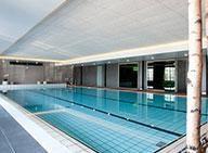 Svømmebasseng på Lysebu hotell. Perfekt for bryllupsgjester.  Romantikk, bryllup, Holmenkollen.