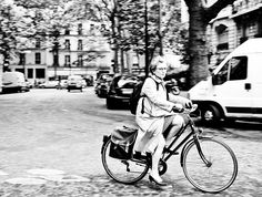 Byn en bicicleta.
