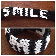 """""""Smile"""" Rainbow Loom bracelet"""