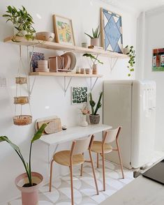 Home Decor Trends That Are Here to Stay - Zimmereinrichtung Interior Exterior, Interior Design Kitchen, Interior Decorating, Decorating Kitchen, Home Design, Diy Design, Design Ideas, Rental Kitchen Makeover, Home And Deco