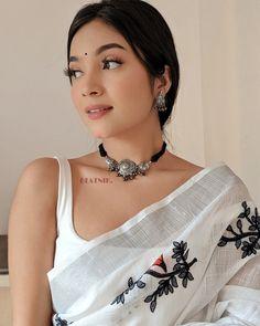 Lehnga Dress, Saree Blouse, Silver Choker Necklace, Traditional Earrings, Desi Wear, Saree Photoshoot, Bollywood Actress Hot Photos, Saree Look, Stylish Girl Pic