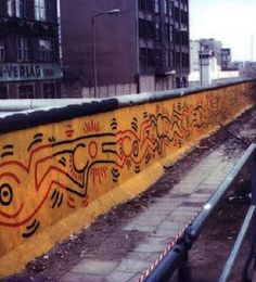 keith haring berlin wall art