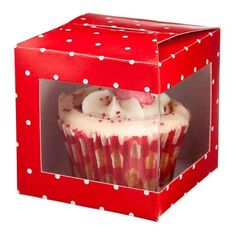 lovely way to send guests home with an individual cupcake Cupcake Gift, Cupcake Heaven, Packaging Ideas, Gift Boxes, Christmas Ideas, Gifts, Cupcakes, Food, Presents